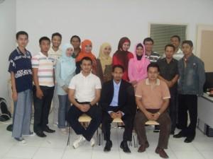 Training Positive Mindset dan Smart Communication Bank Syariah Mandiri Lumajang