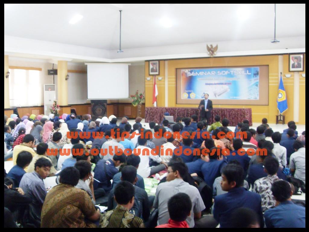 Seminar Mahasiswa Universitas Trunojoyo