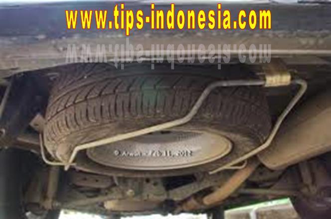 KURSUS MENYETIR PRIVAT DI MALANG, MERAWAT BAN MOBIL, www.tips-indonesia.com, 081334664876