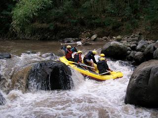 rafting di malang, http://tips-indonesia.com, 081 287 000 995