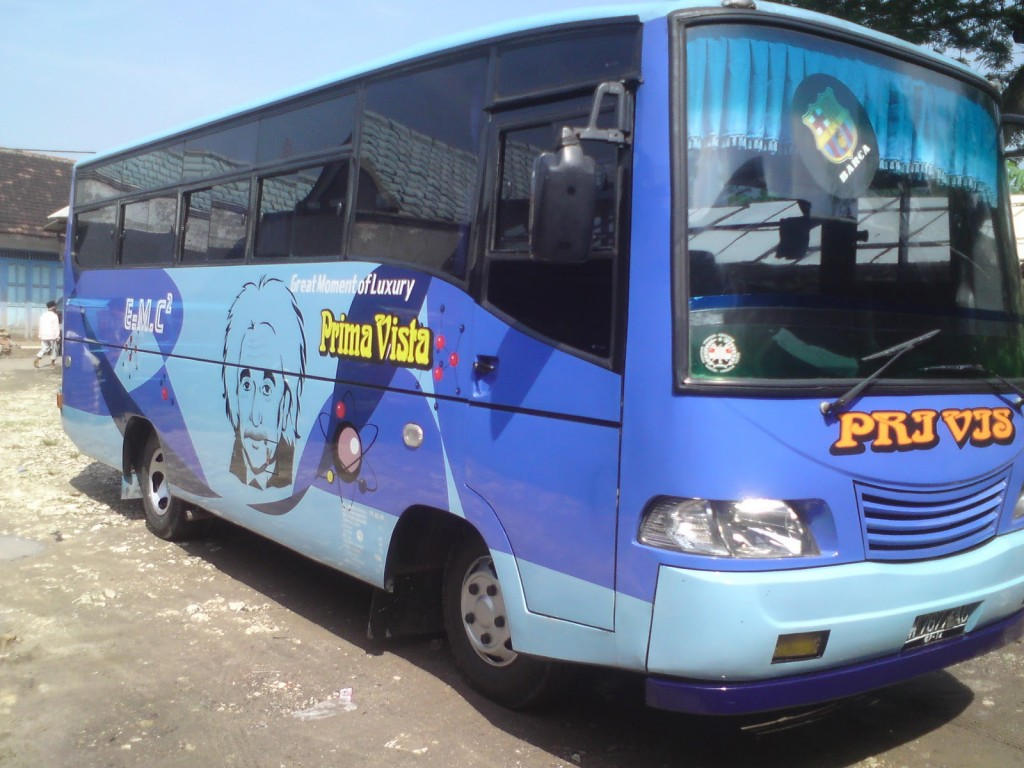 Bus Tour Wali Songo , http://tips-indonesia.com, 085755059965