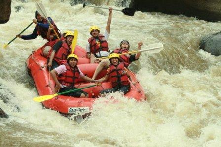 Kaliwatu Rafting, www.tips-indonesia.com, 085755059965