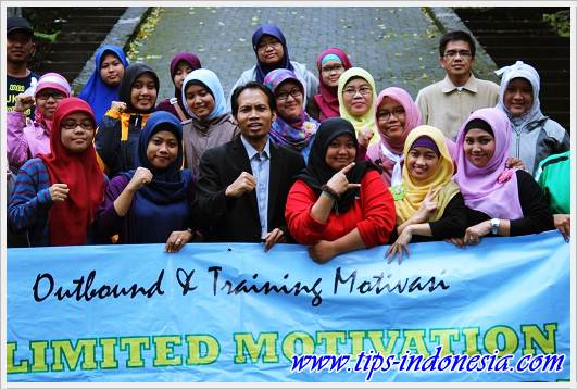 "TRAINING MOTIVASI ""UNLIMITED MOTIVATION TOGETHER ACHIEVE MORE"" SD ISLAM AL-AZHAR 35 (BI) SURABAYA, www.tips-indonesia.com, 0341 5425754"