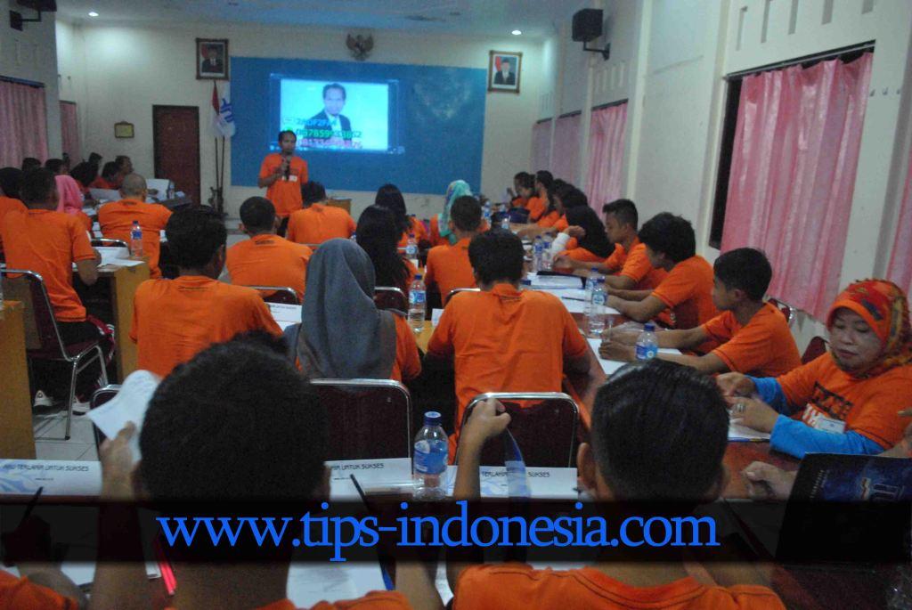 TRAINING MOTIVASI PT DUTA NETWORK DI TAWANGMANGU SOLO