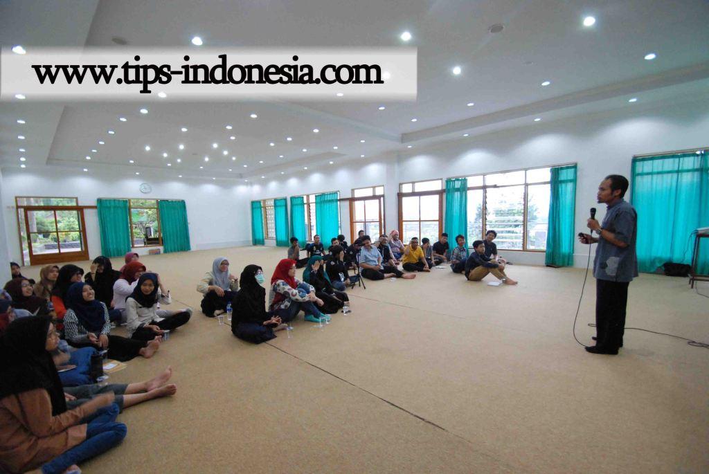 LEADERSHIP TRAINING MOSLEM COMMUNITY CIPUTRA SURABAYA DI VILLA HIDAYATULLAH BATU MALANG